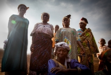 Elder women of Tongo Gadima village share their thoughts on marriage. © Dominique Catton.