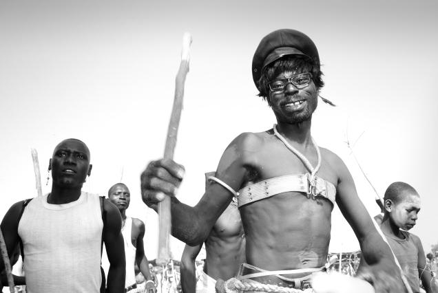 Blaise Djilo, Feou Kake series (2012-16). Courtesy the artist.