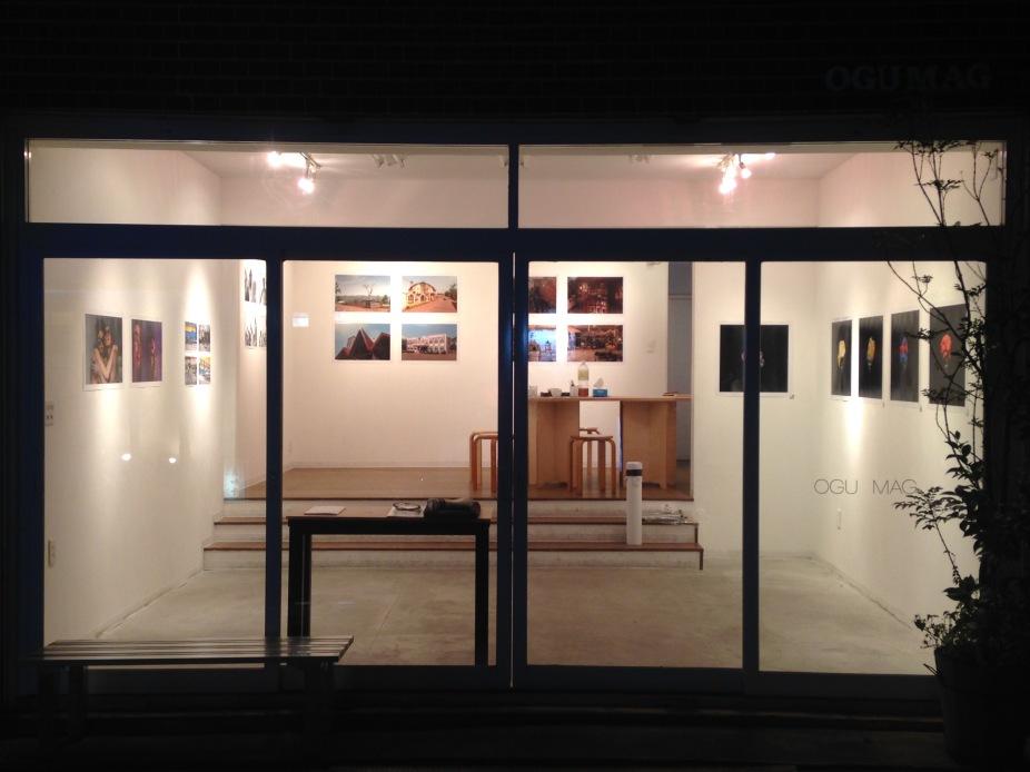 OGU MAG window, after hanging the YaPhoto@Arakawa Africa exhibition. Image: YaPhoto.