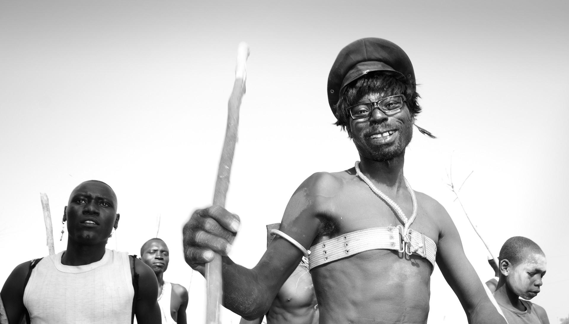 Blaise Djilo, Feou Kake series (2012-16). Image courtoisie YaPhoto