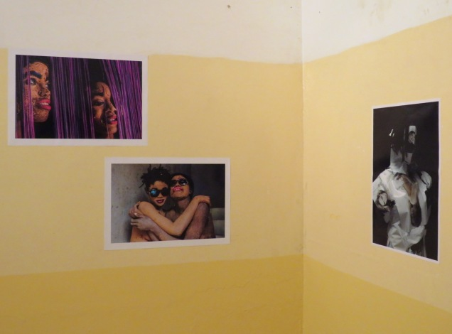 Left: works by Romuald Dikoumé, right: work by Wilfried Nakeu, OTHNI.