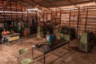 Welding workshop, Collège Calasanz. Magom area © Yvon Ngassam.