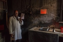 Radiologist, Ad Lucem Hospital. Peta area. © Yvon Ngassam.